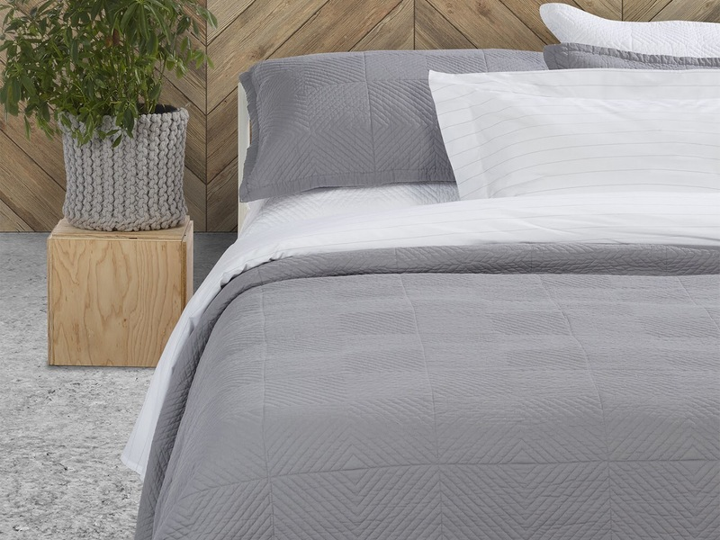 Francisco Bedding by Brunelli