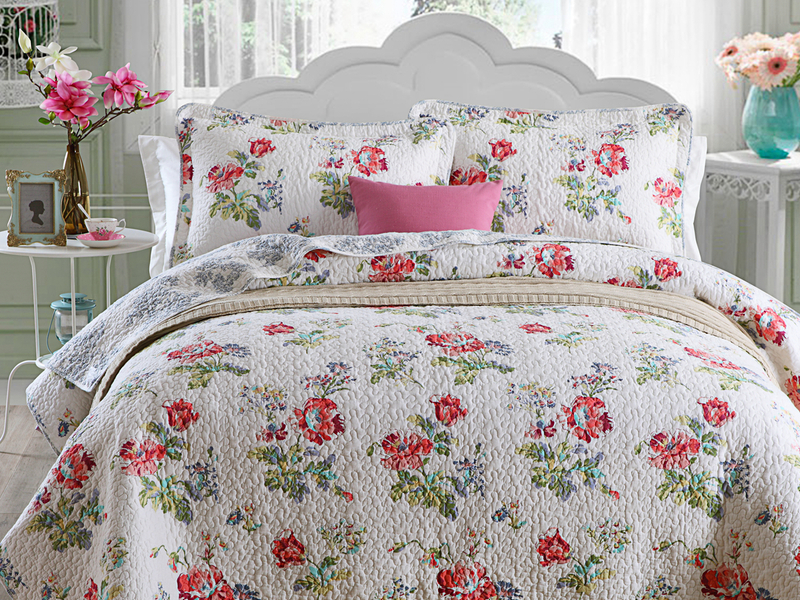 Daisy Quilt <br>by Cotton On