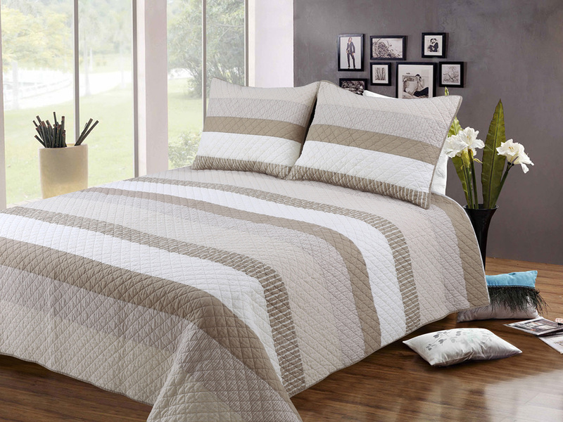 Harmony Quilt <br>by Peace Arch