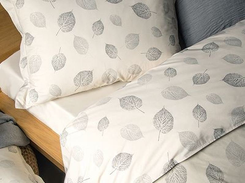 Amaranto Bedding <br>by Revelle