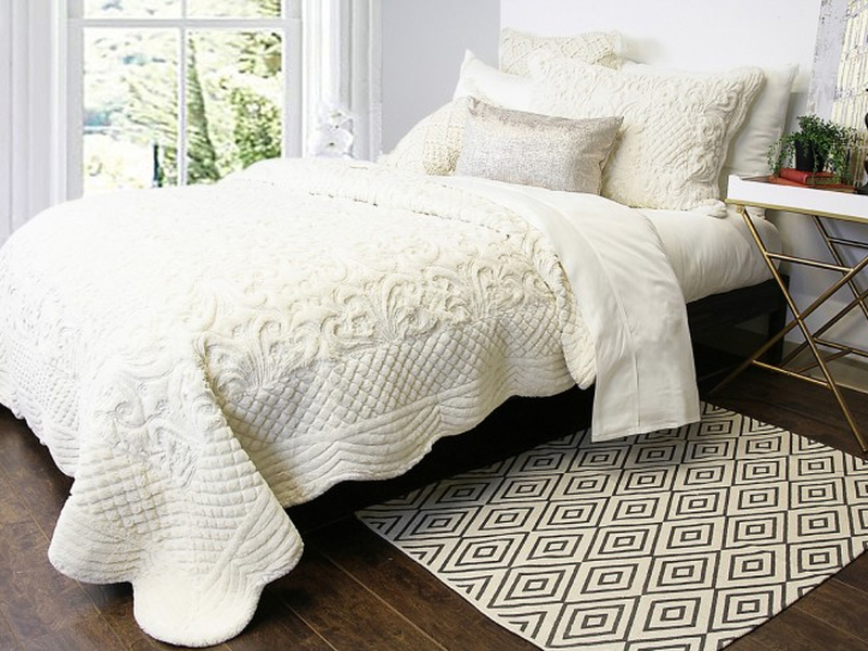 Arlo Quilt <br>by Alamode