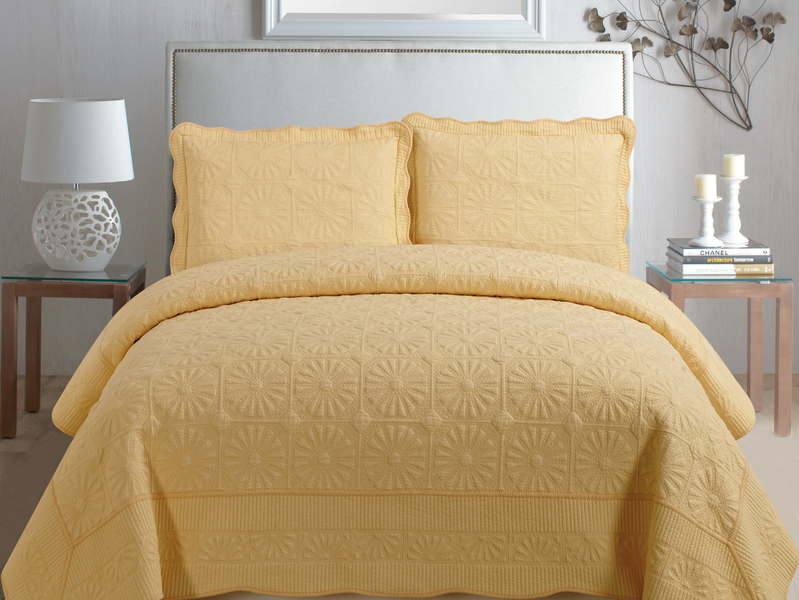 Christine Quilt <br>by Cotton On