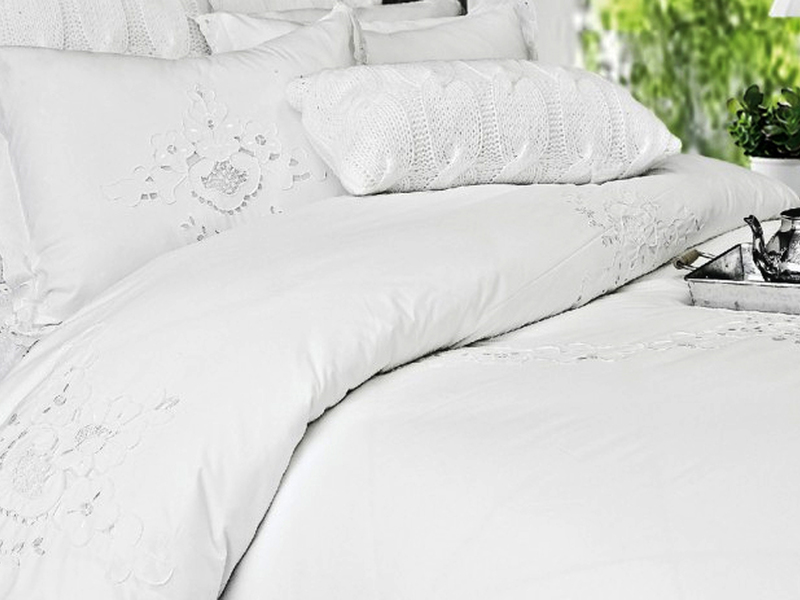 Contessa Bedding by Alamode