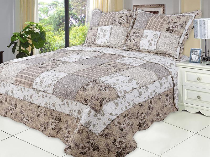 Gardenia Quilt <br>by Peace Arch