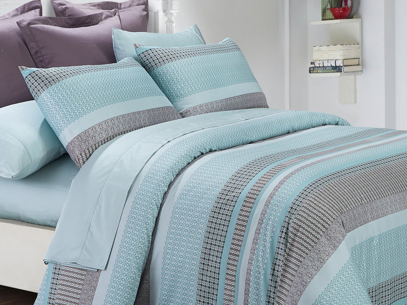 Graphica Aqua Bedding by Daniadown