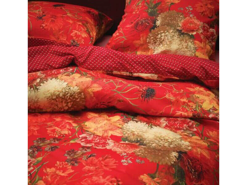 Maily Red Bedding by Essenza