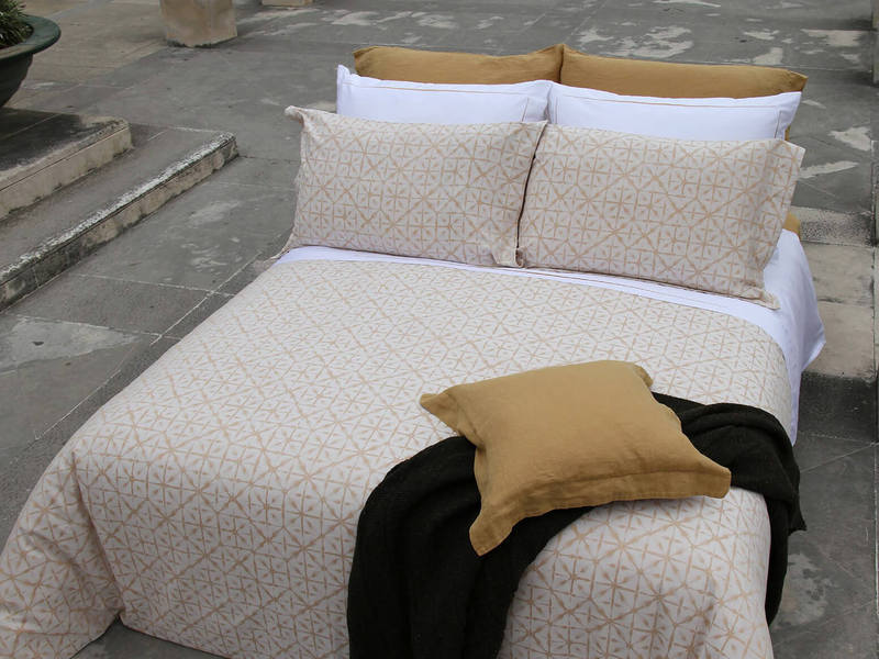 Manthro Honey Bedding by Amalia