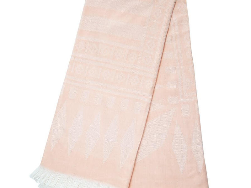 Nordik Pink Throw