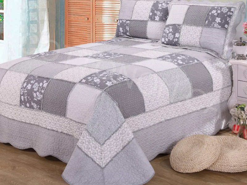 Oriana Quilt <br>by Cotton On