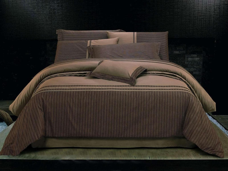 Roma Bedding by St. Pierre