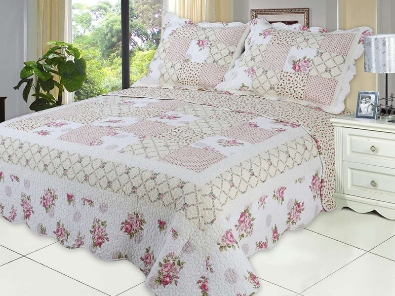Summer Breeze Quilt <br>by Peace Arch