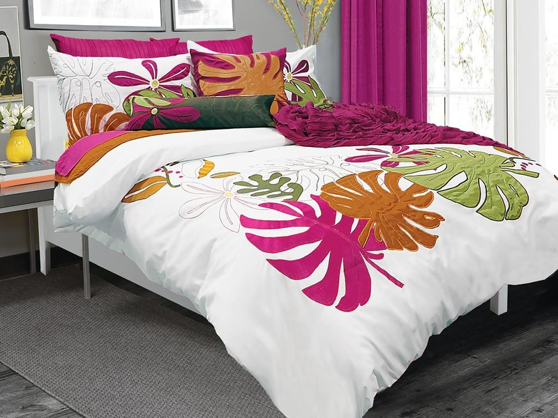 Tropical Breeze Bedding by Alamode