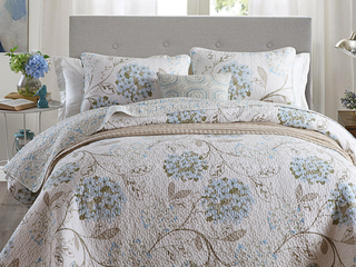 Elsa Quilt <br>by Cotton On