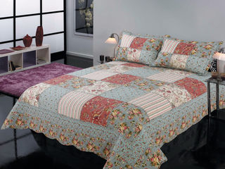 Bourbon Quilt <br>by Peace Arch