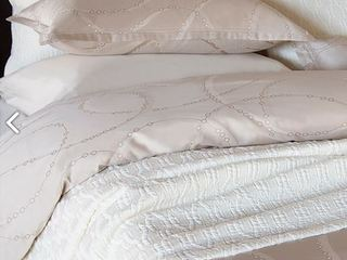Dewdrops Bedding <br>by Revelle