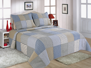 Faroe Quilt <br>by Peace Arch
