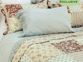 Mariana Quilt <br>by Peace Arch